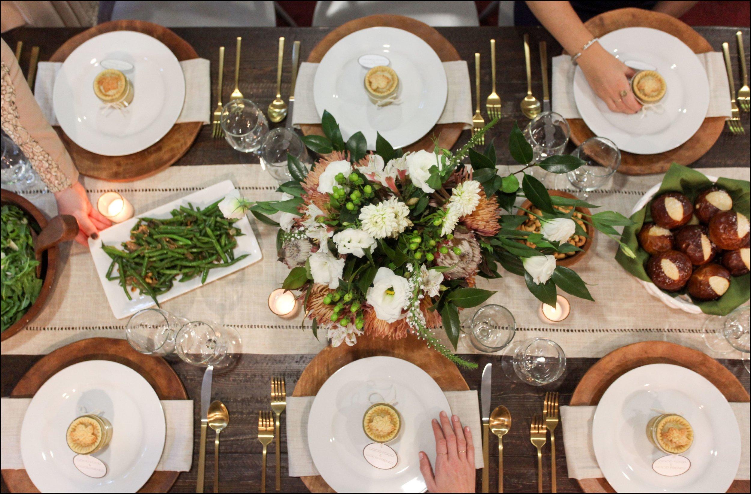wonderfull-how-to-host-a-gratitude-dinner-evite-with-dinner-party-table-ideas.jpg