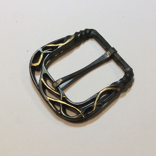 Forged and pierced buckle with gold inlay #handmadejewelry #beltbuckle #forgediron #goldinlay #handcrafted