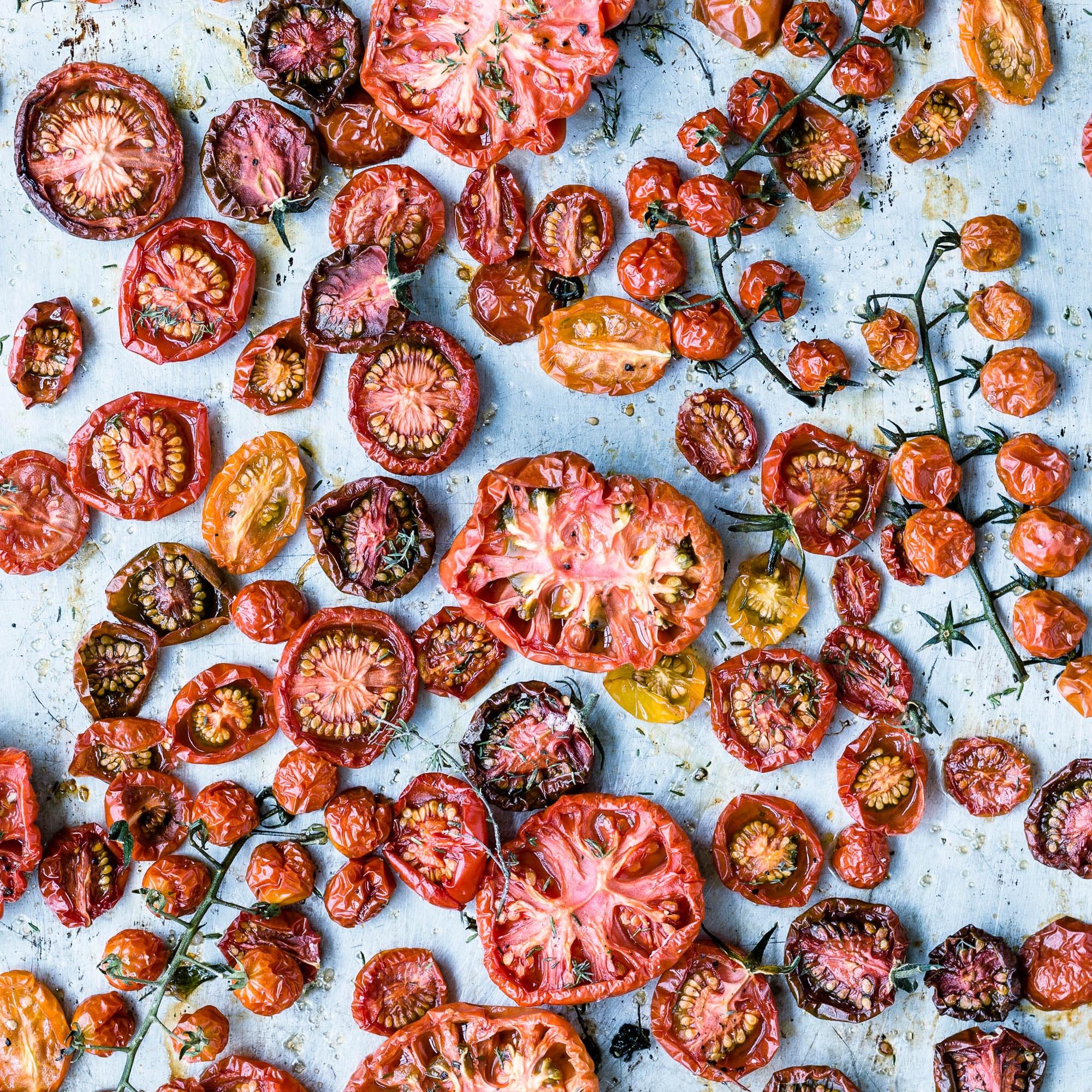 Ofengetrocknete Tomaten vom Blech - so simpel wie köstlich!