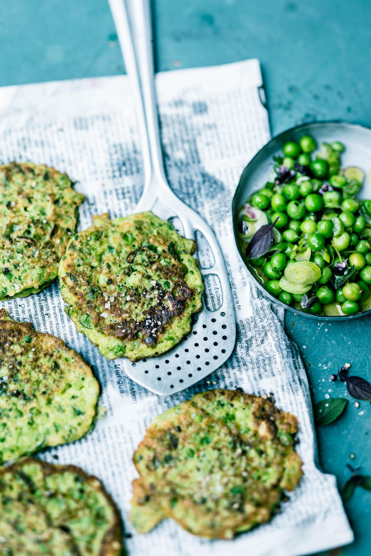 Grüne Erbsen-Pancakes- veggielicious | gemüse. fotos. rezepte.