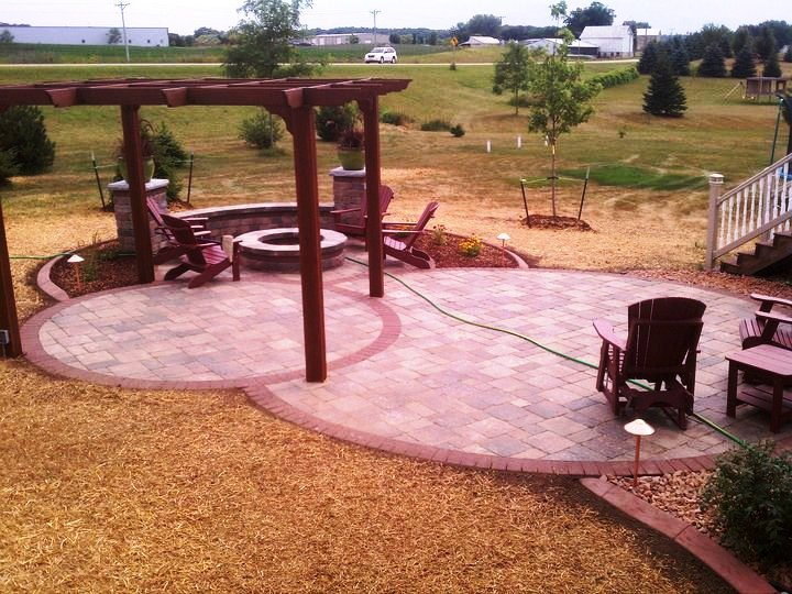 Paver Patio and landscaping go hand in hand in Madison WI