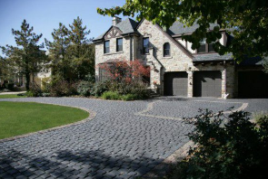 Choosing Pavers for Your McFarland, WI, Landscape Design