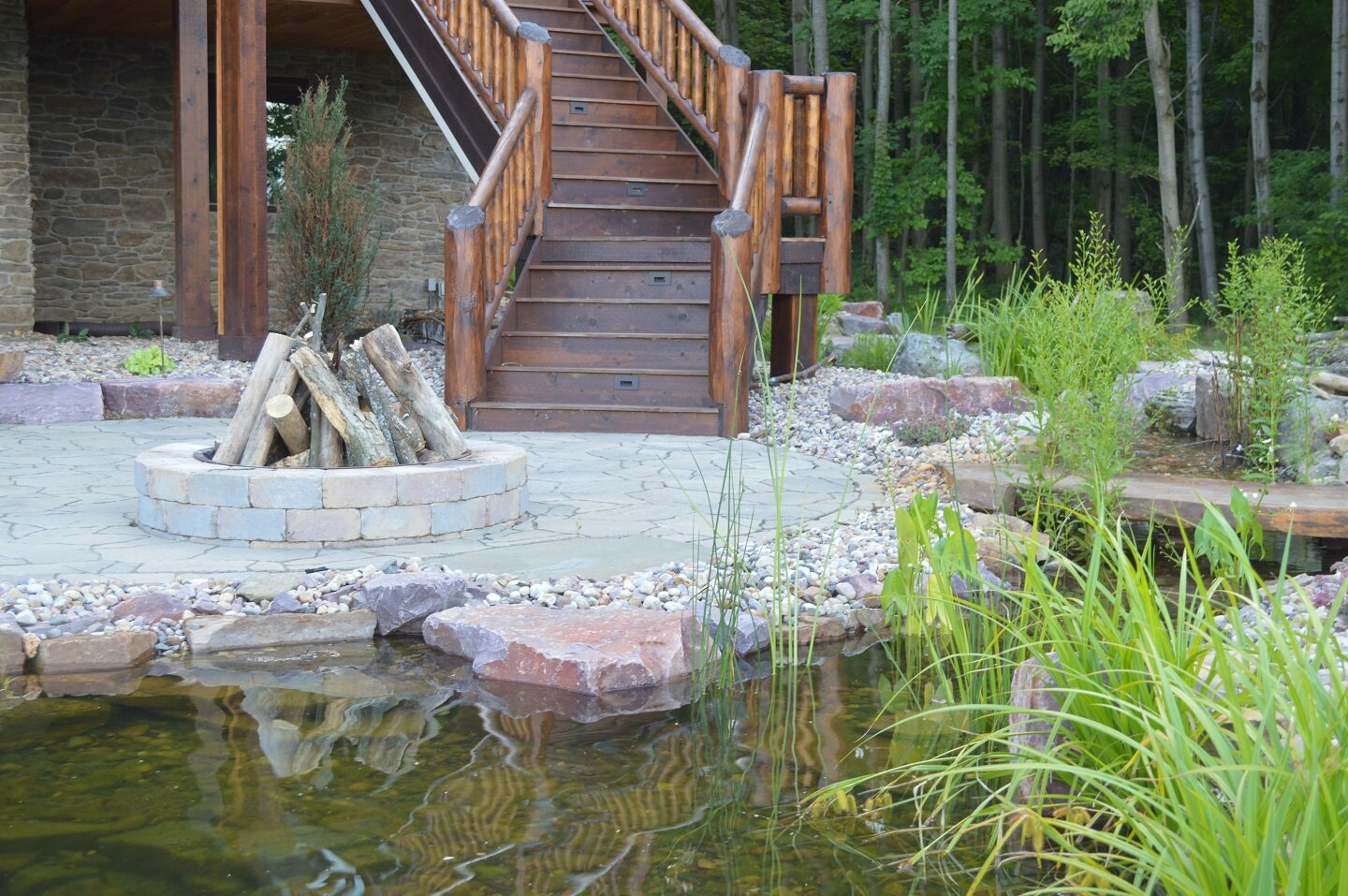 Madison WI top retaining wall and fireplace