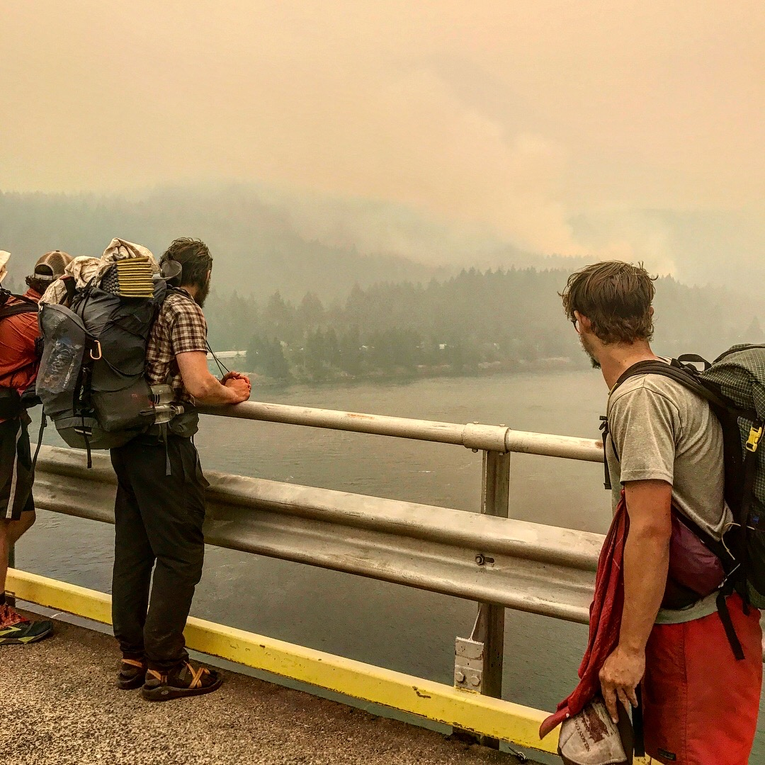 cascade-locks-fire.jpeg