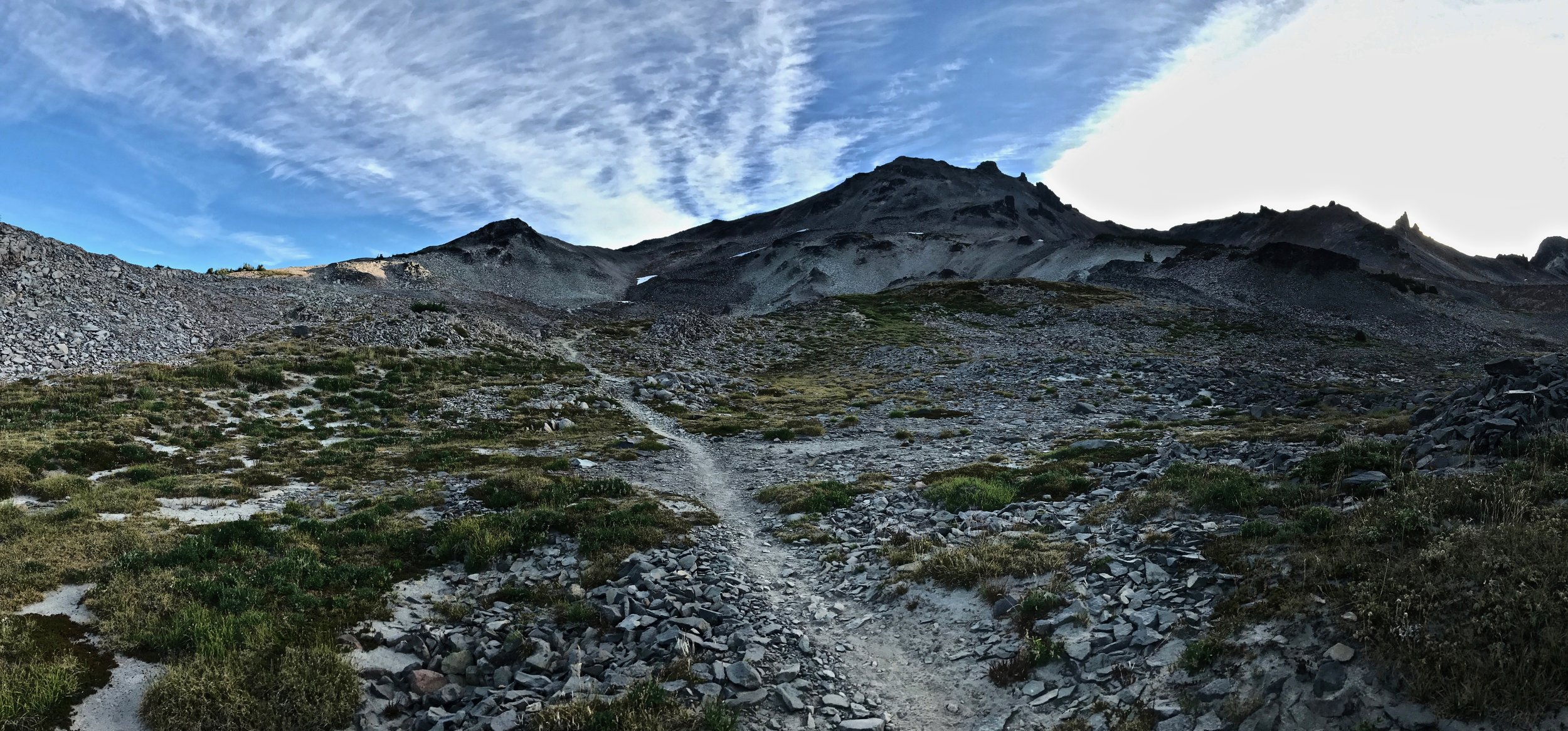 Heading over one last hump into Goat Rocks