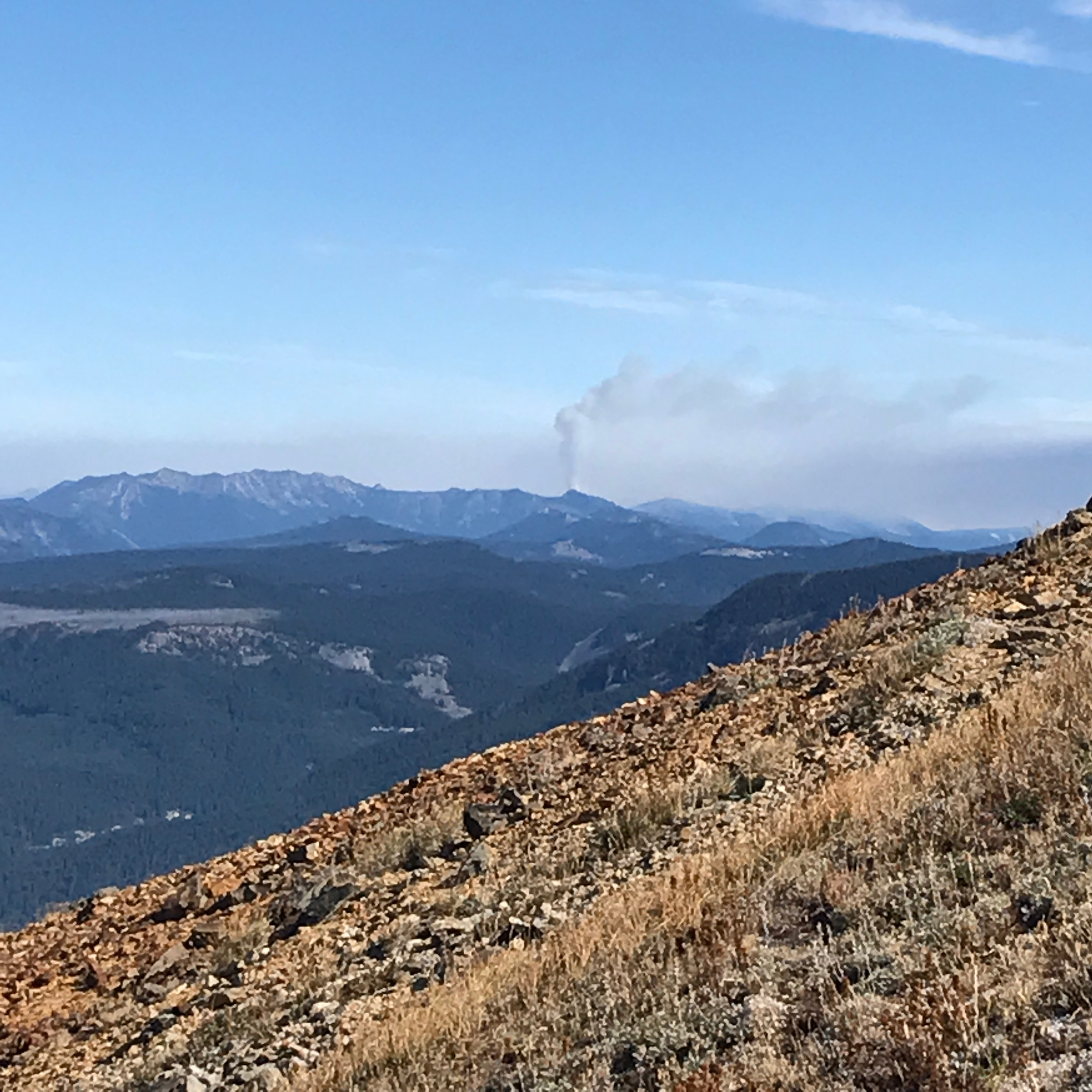 Smoke plume from the Norse Peak Fire