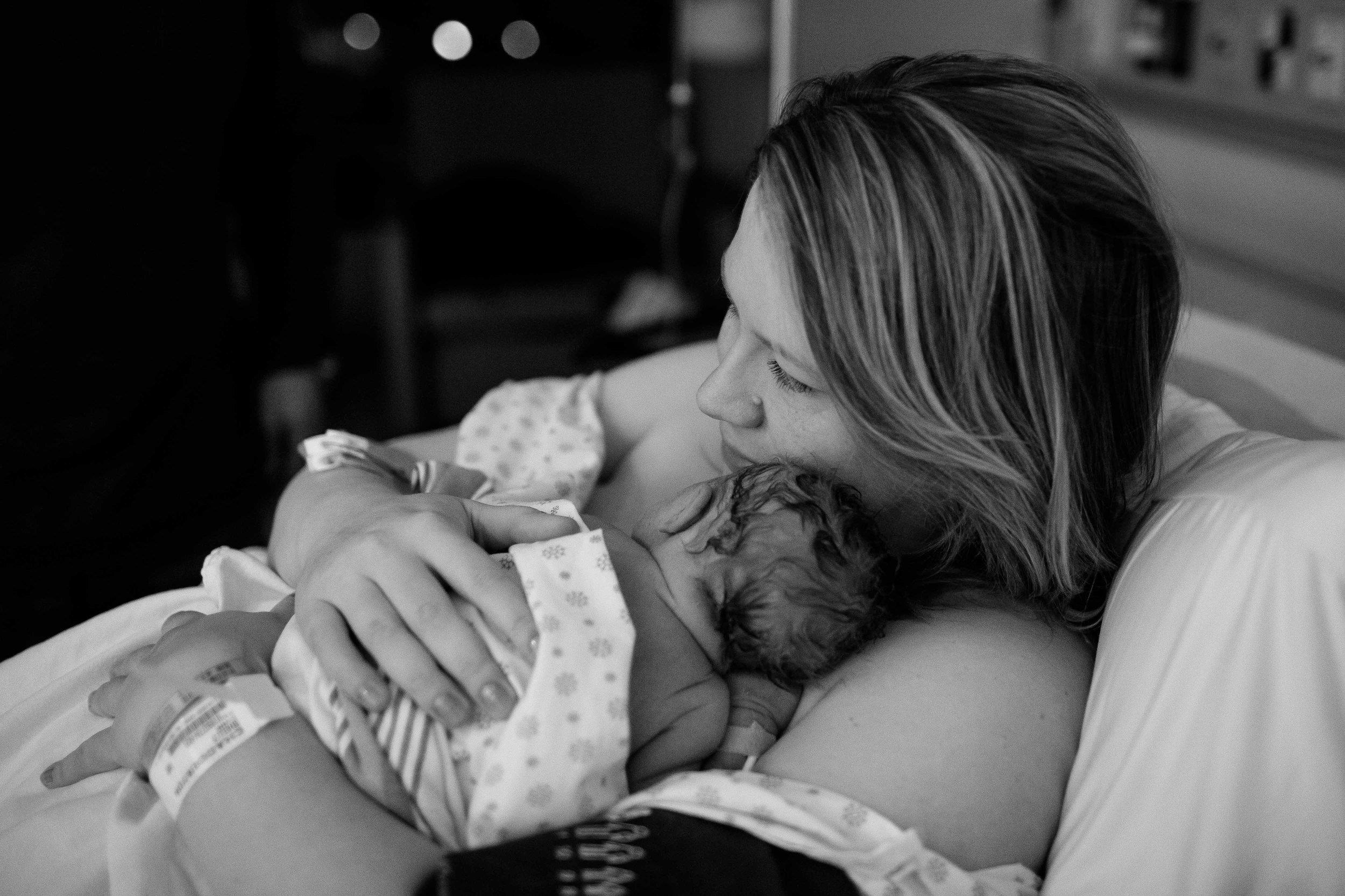 edmonton birth photographer-10.jpg