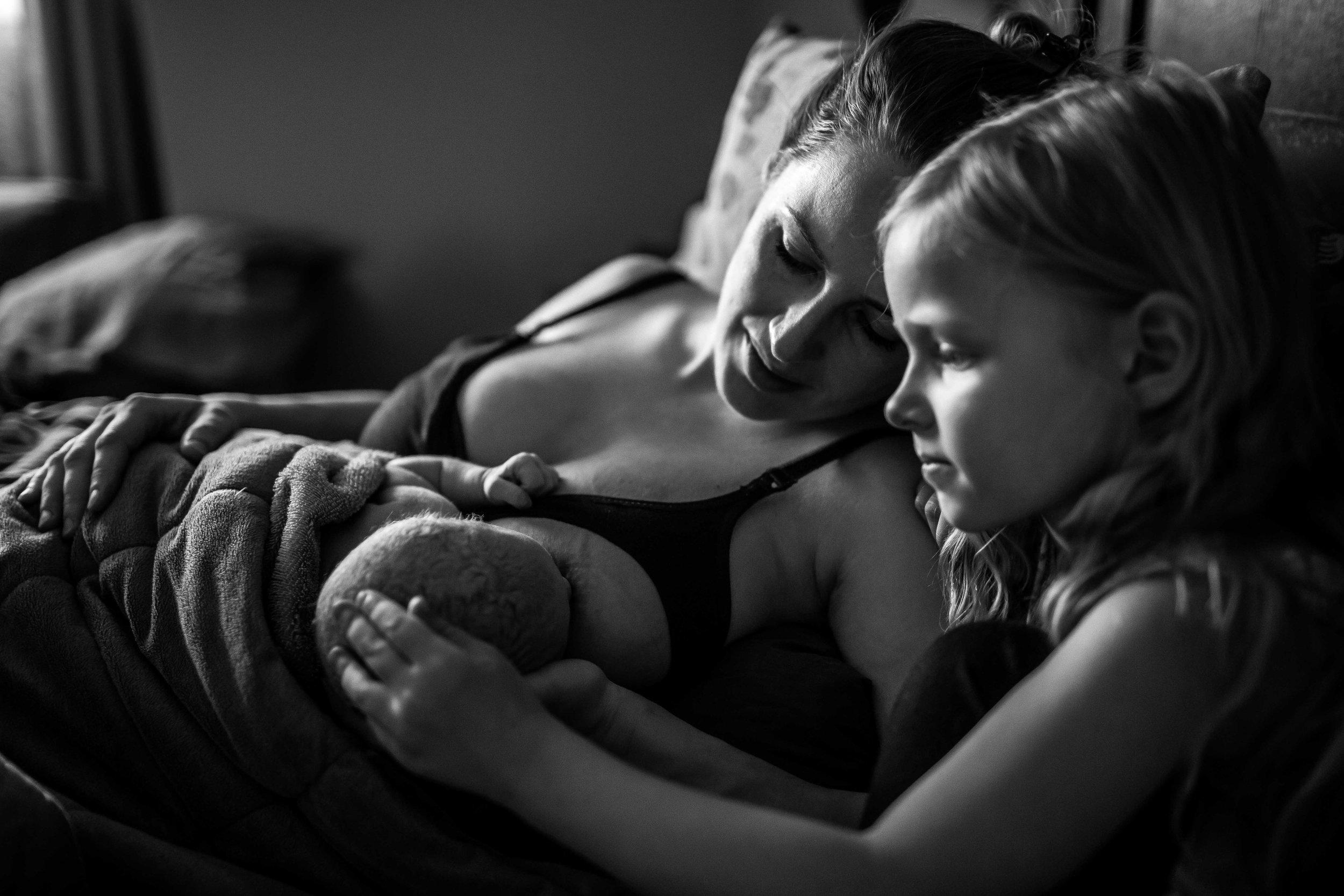 edmonton birth photographer-57.jpg