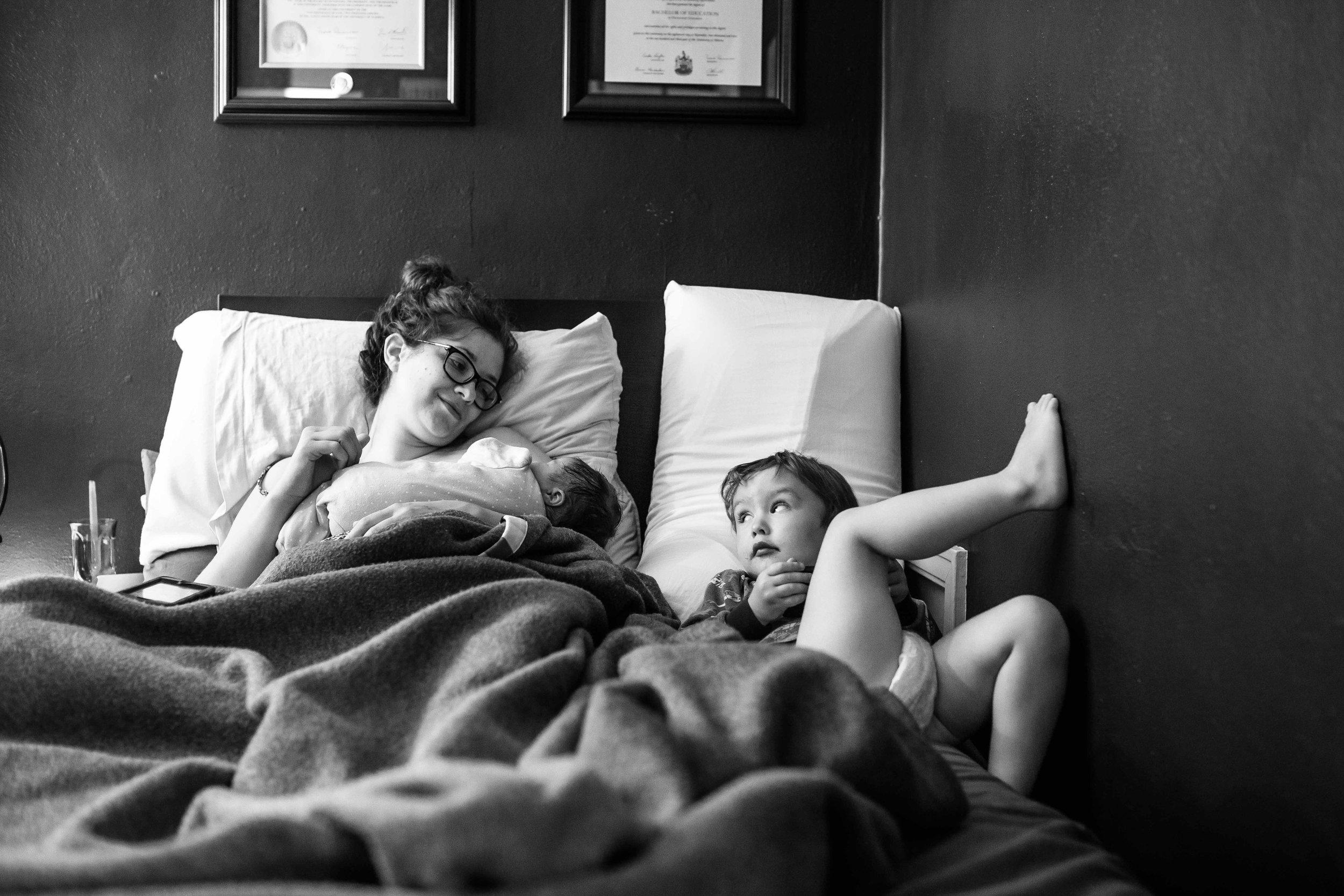 edmonton birth photographer-41.jpg