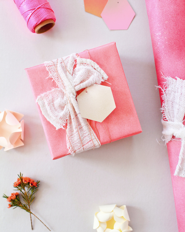 DIY-Spray-Paint-Gift-Wrap-OSBP-Home-Depot-Holiday-Style-Challenge-2015-9.jpg