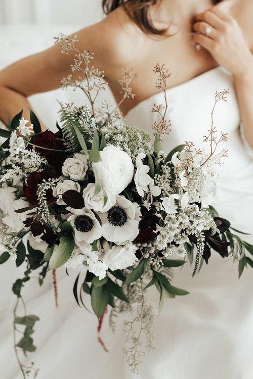 Anemone bouquet via/ www.laruefloral.com
