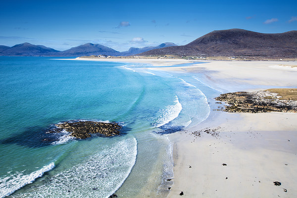 Beaches of Lewis & Harris Tours   The jewels of the Atlantic ocean lie on the west coast of the Hebrides. This tour encompasses the best these islands have to offer including ones you'll least expect. Photo opportunities galore, this is a must-do tour for these must-see beaches.
