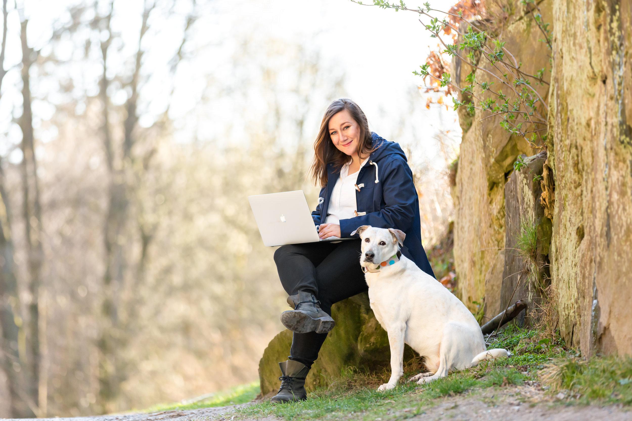 freie-texterin-stephanie-stratton-camping-outdoor-hund-wordabout Kopie.jpg