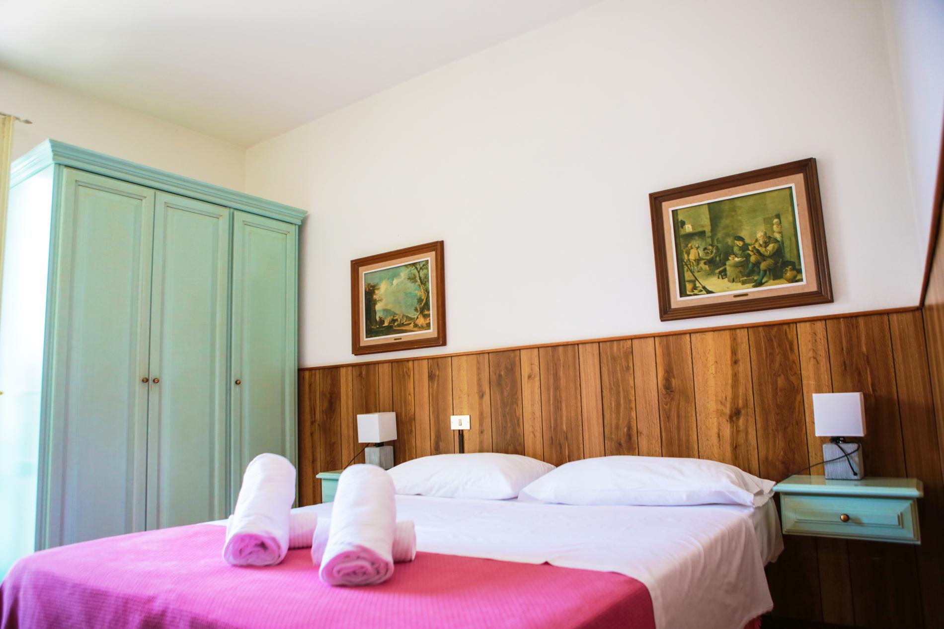 limone_sul_garda_hotel_silvana_camera_vista_lago200.jpg