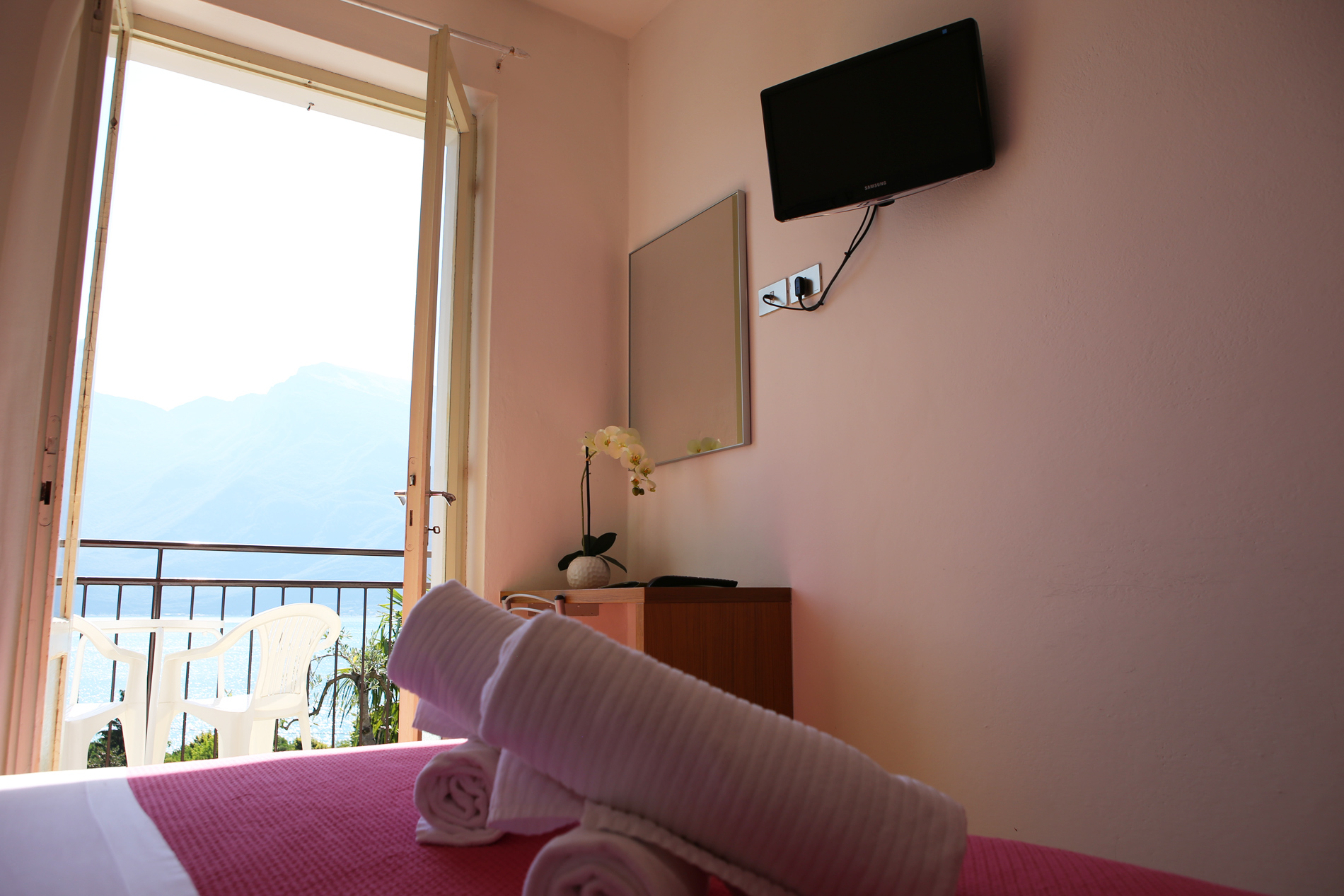 limone_sul_garda_hotel_silvana_camera_vista_lago206.jpg