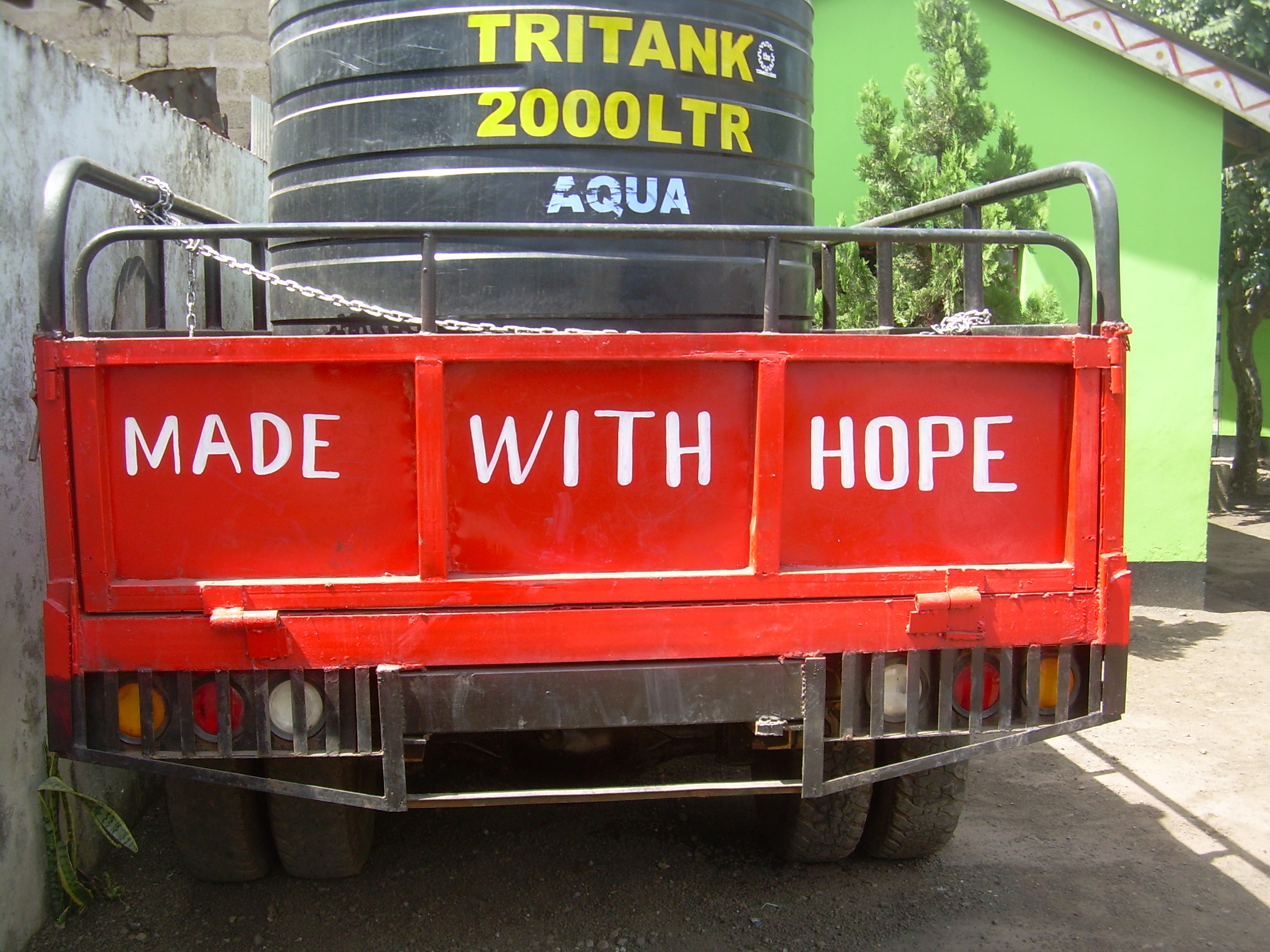 MWH paint trailer.jpg
