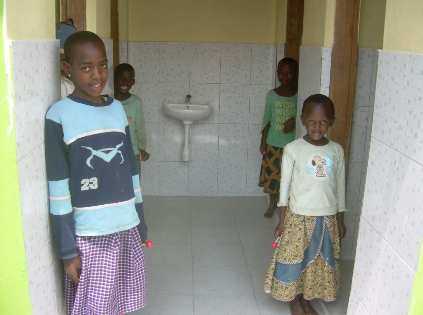 cheti girls toilets.png