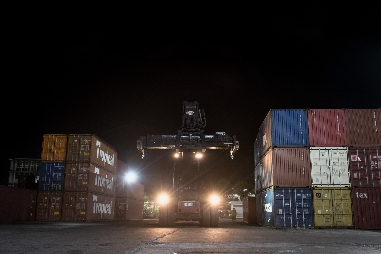 DockWorker-14.jpg