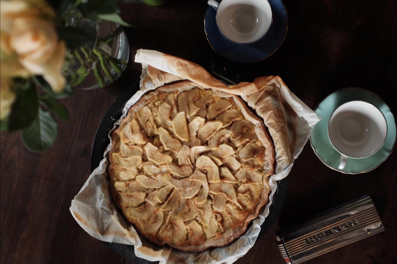 gluten-free apple cake.jpg