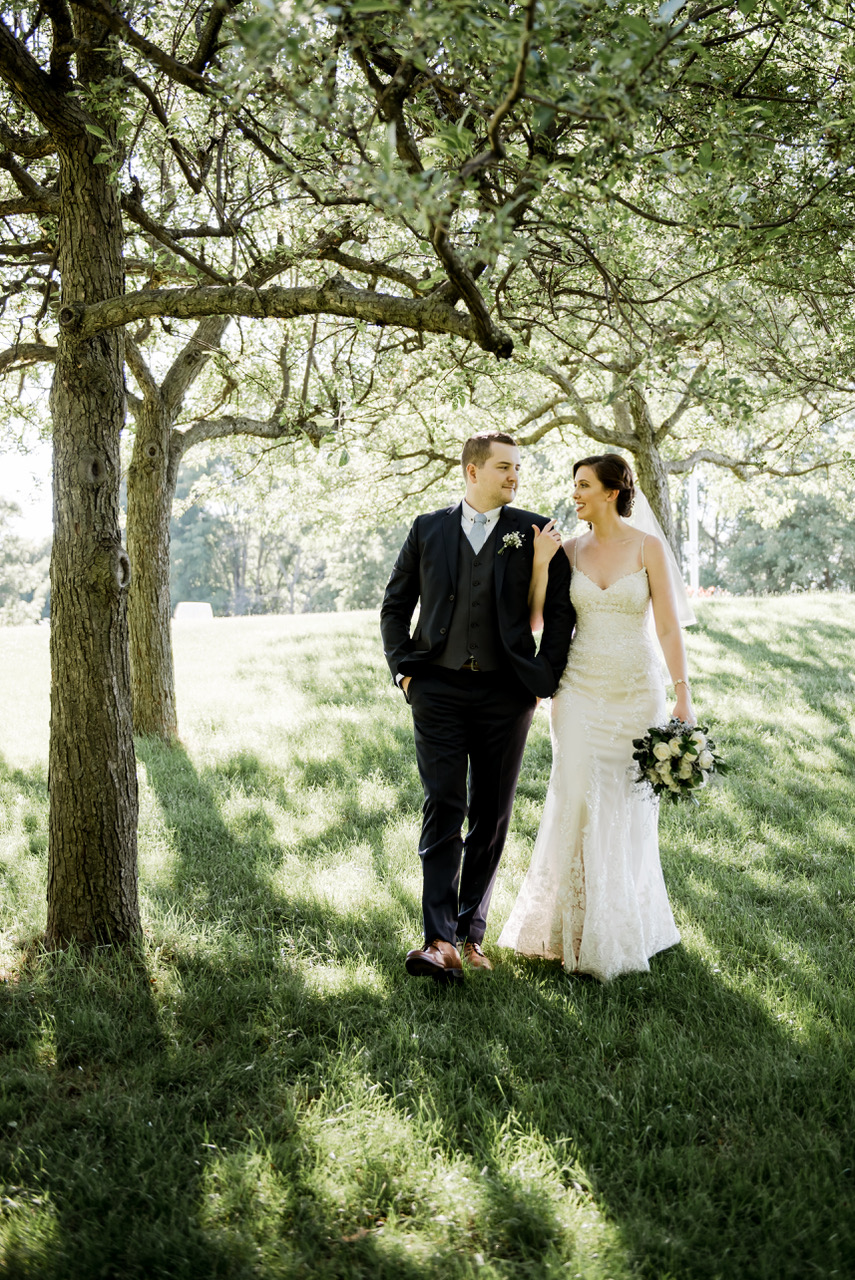 Catchlight Photography - Linda Charbonneau shares how she feels about vendor relations in the wedding industry and her tips on choosing the perfect photographer for your event!Image by Catchlight Photography