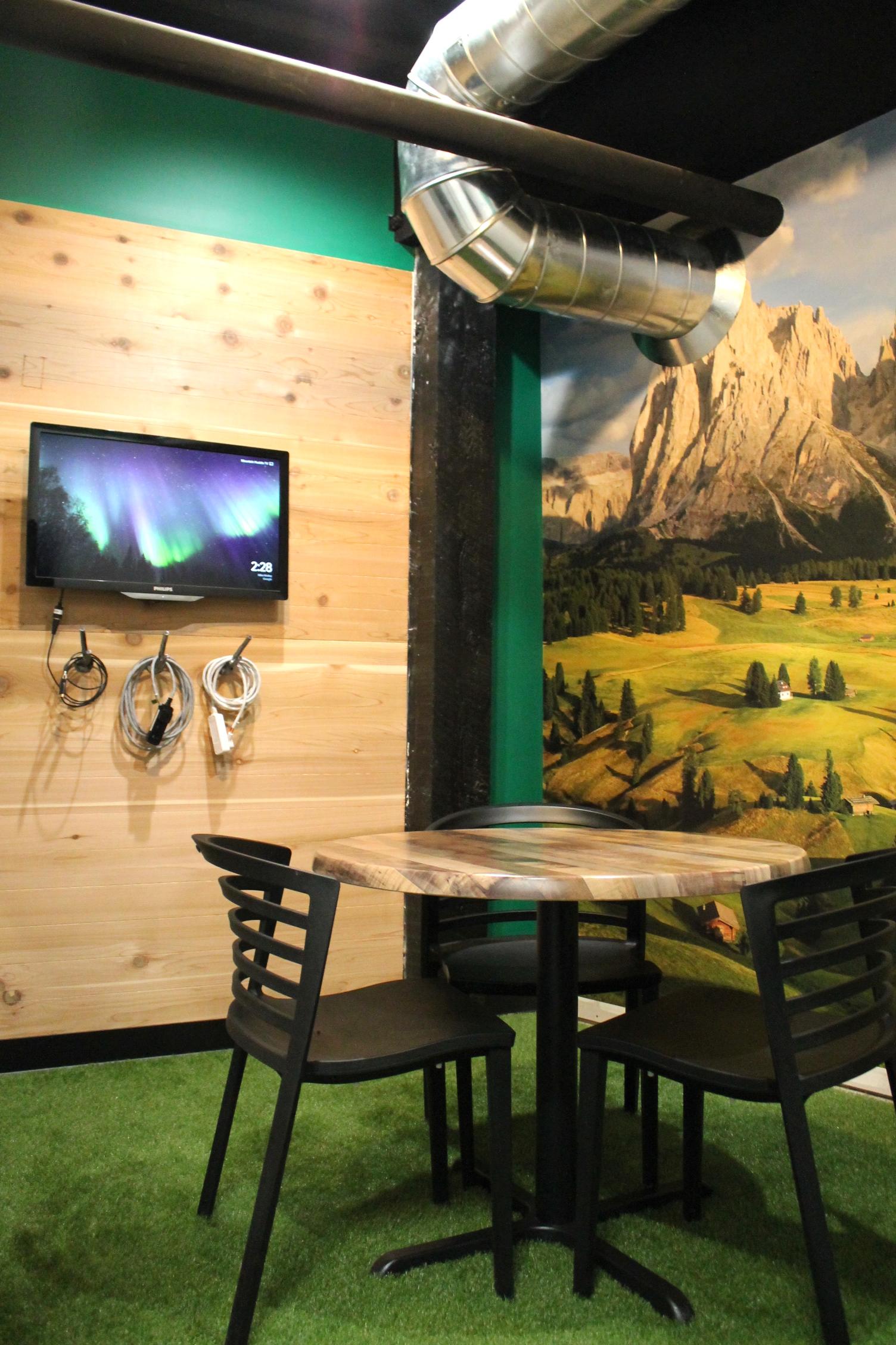 Innovation Lab - Mountain Huddle Room portrait.JPG