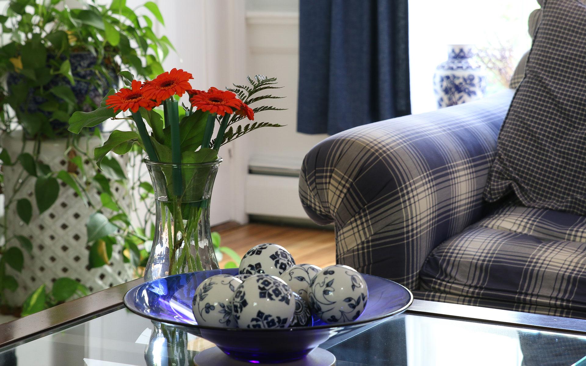 Sitting-room-1-detail-IMG_6228.jpg