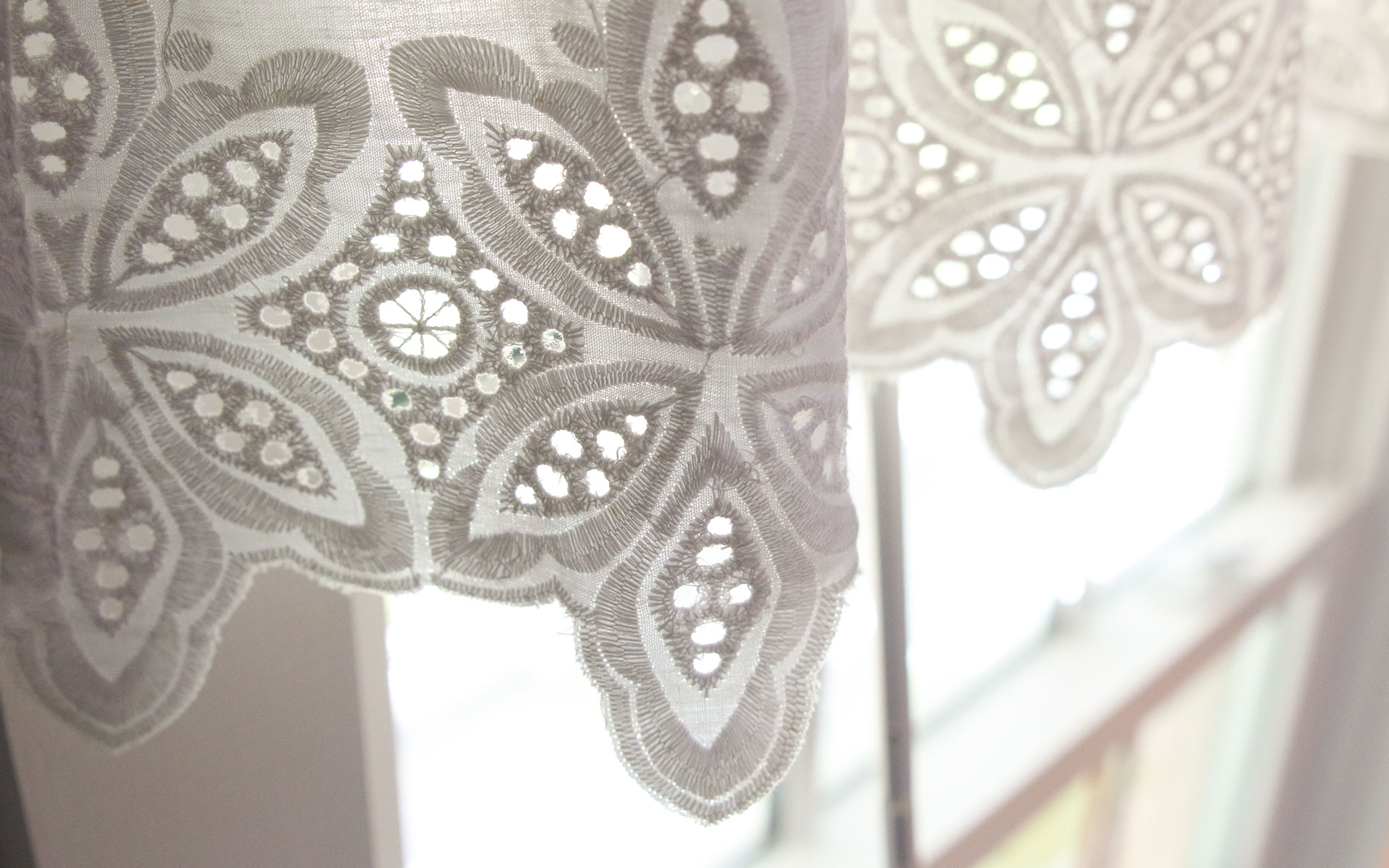 Lace-curtain_IMG_7393.jpg