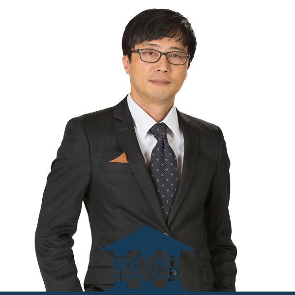 Sean Kim - 214-701-7411seankim@metrorealtydfw.com