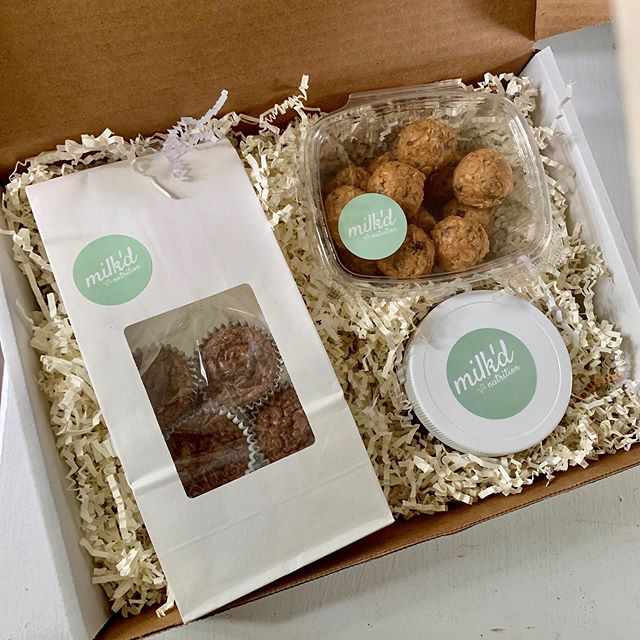 In search of a new baby 👶 gift & don't know what to get?? Give the gift of FOOD! Good food. Delicious food that comes at a time when just brushing your hair and putting on a matching outfit is difficult — we have 2 standard options for gift boxes and we are open to customization 💕 — contact us for more info!! Direct message 📥 or kayla@milkdnutrition.com !