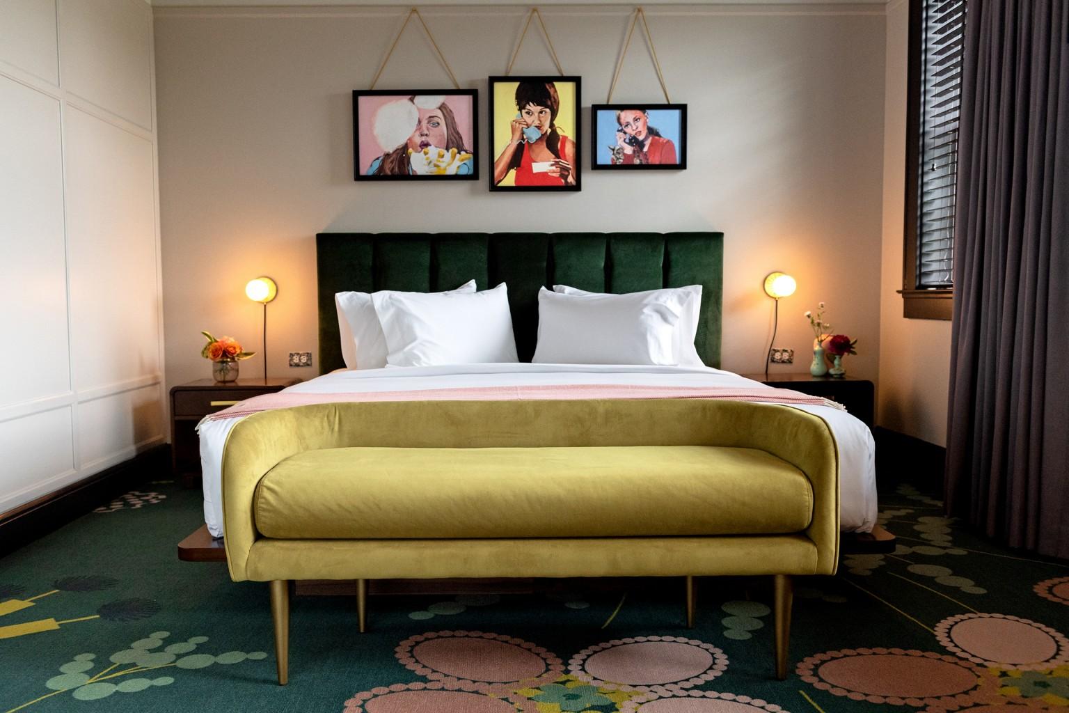 Hotel-Clermont_02.jpg
