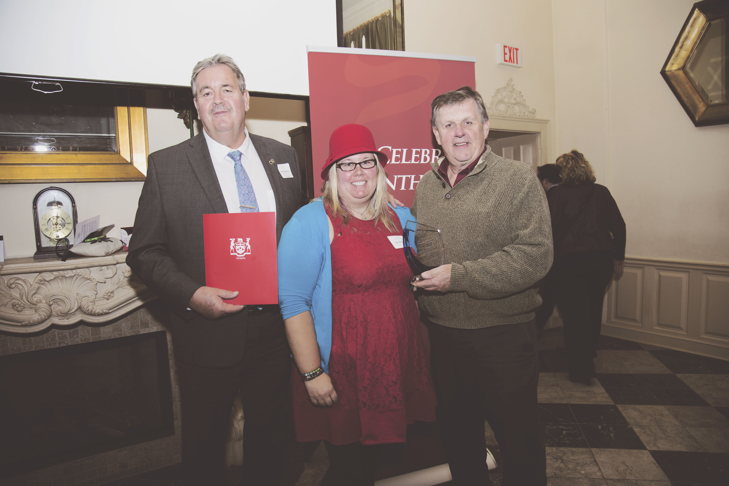 Huffs, Re/Max Quinte presented with regional awards on National Philanthropy Day -