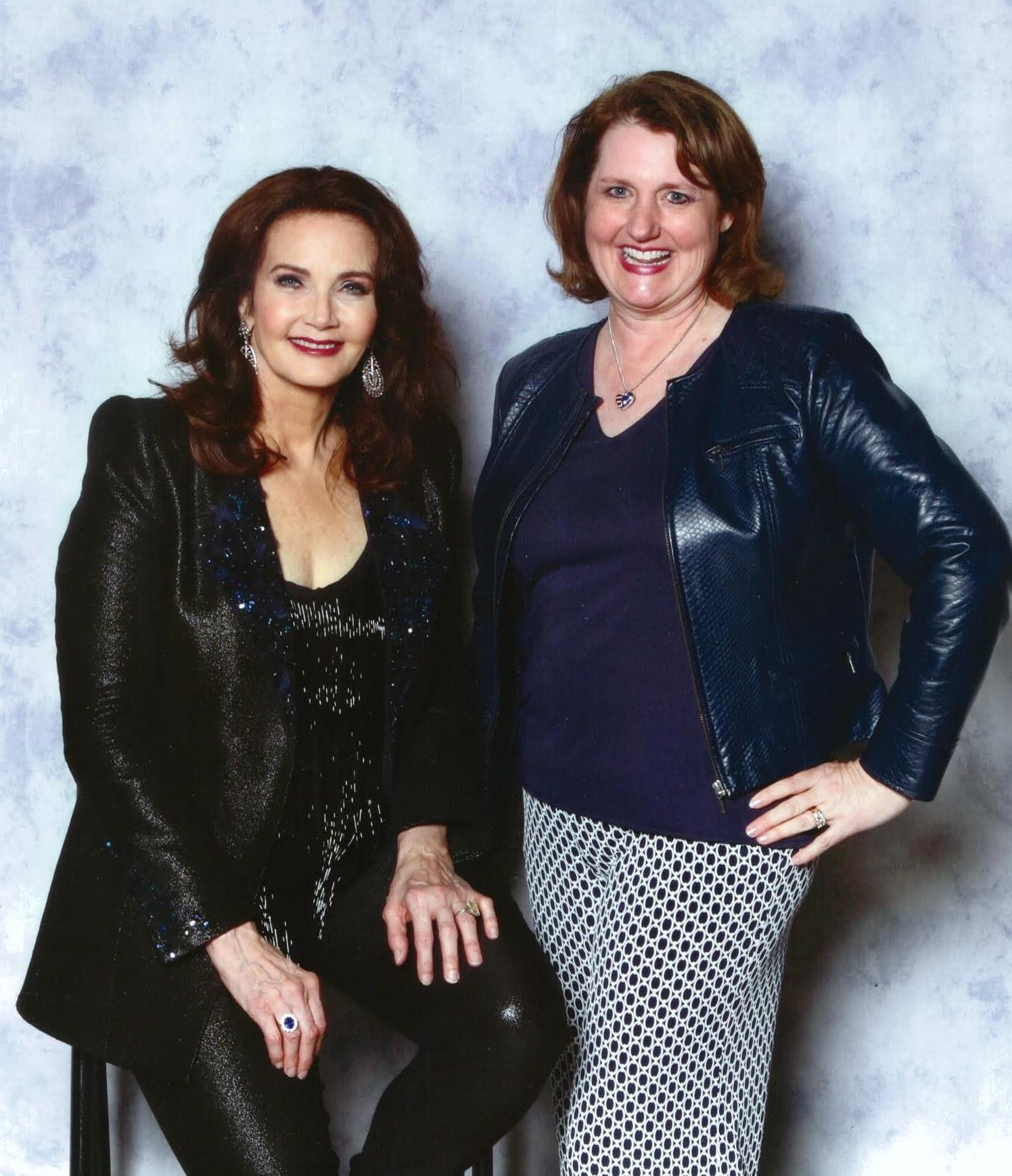 Lynda  & Linda at Fan Expo Dallas