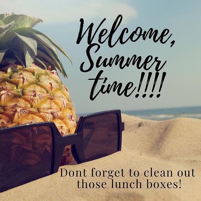 Welcome to summer time mommas! We want to hear from you, what is your number one summer time tip? Mine is, don't forget to clean out those lunch boxes! I'll spare you the details of how I learned that lesson! 🤷🏼‍♀️🙈
