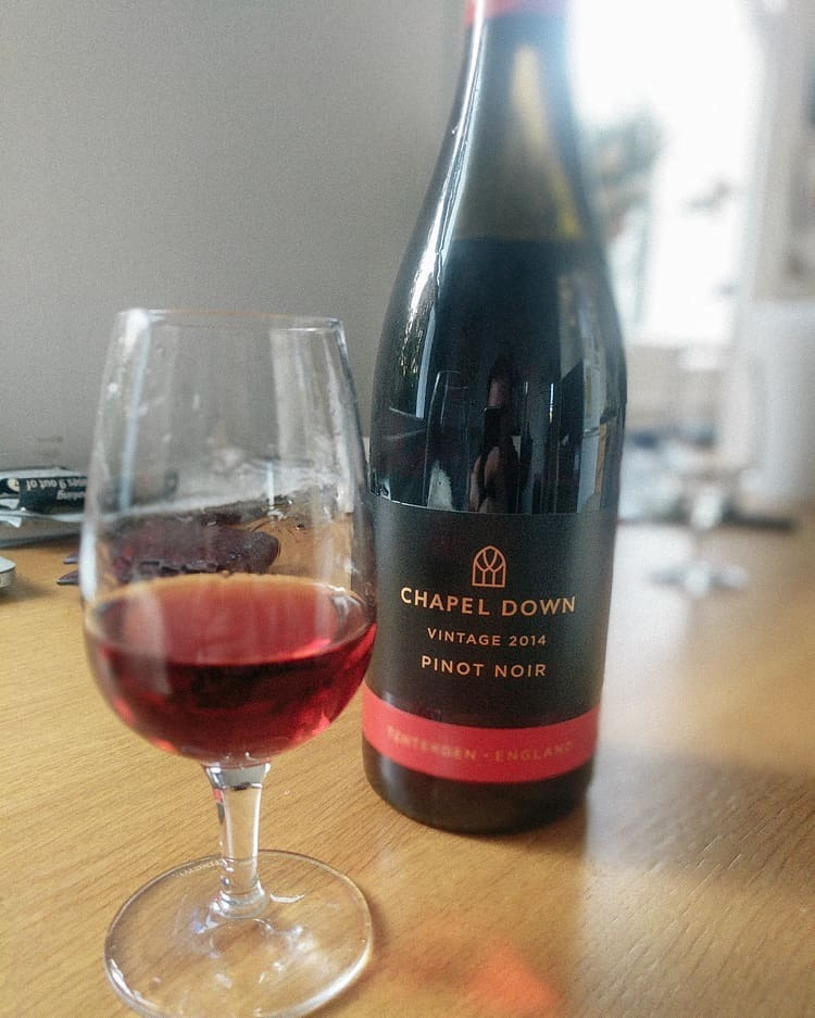 I'm forever in search of a great English pinot. I've tried other English red grapes (rondo, dornfelder and not yet found one I really like - please recommend good ones you've found). Pinot is hit and miss too.  Chapel Down - now England's largest winemaker - deliver with this, and incredibly affordable too (under £15). English pinot flirts with a balance between herbaceousness and fruit from an English countryside. This leans on the fruit with a soft herbaceousness that feels very English.  If you've not had any English pinot yet, this is a good starting point. What are your favourites?  Winemaker: @chapeldown  #englishwine #pinotnoir #englishpinot #englishstillwine #englishred #kentred #kentwine #southeastwine  #wineo #winegeek #winelife #instawine #winetime #winelover #winetasting #vino #wineporn #wineoclock #winestagram #vin #winecountry #sommelier #winery #wines #winelovers #vinho #vineyard #wine #wein