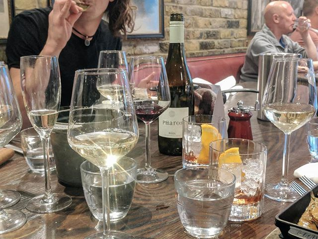Birthday throwback to my Sunday roast @thejuggedhare with @jg00de, @ackermanstudios, @catfreem and @benmcumming.  Hidden in the background is one of my favourite white Riojas. Pharos. If I remember correctly @salonwinestore sell this as well.  #birthday #whitewine #whiterioja #pharoswine #juggedhare #game  #wineo #winegeek #winelife #instawine #winetime #winelover #winetasting #vino #wineporn #wineoclock #winestagram #vin #winecountry #sommelier #winery #wines #winelovers #vinho #vineyard #wine #wein  https://ift.tt/2PJbZko  I've got a weekly email @  https://ift.tt/2pLAT7h  - let me know what you think