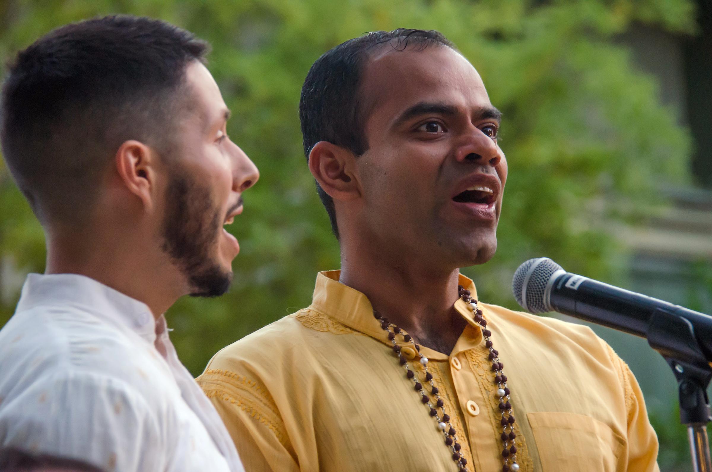 Saiganesh & Navashen singing outdoors.jpg