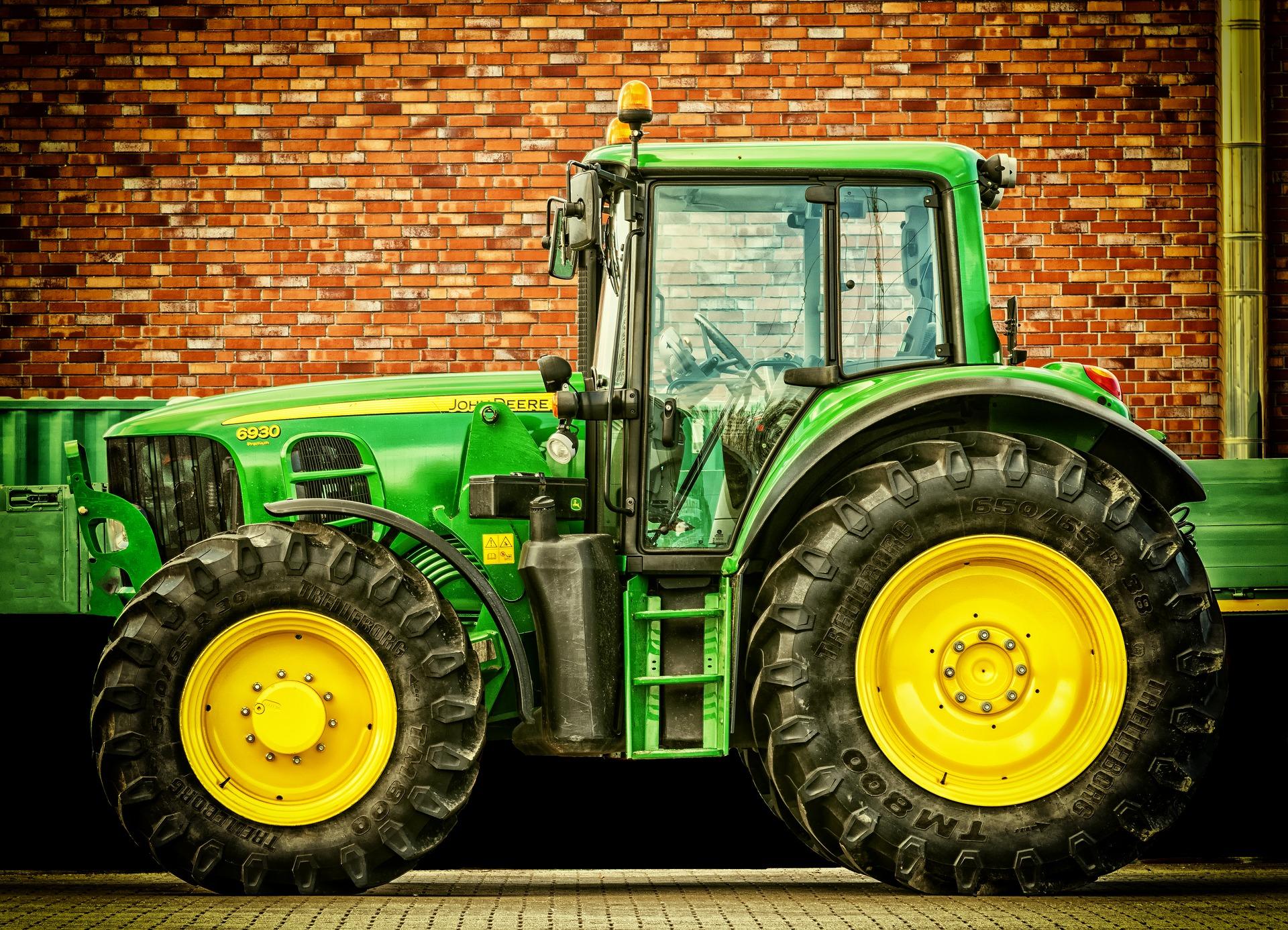 tractor-2077639_1920 copy.jpg