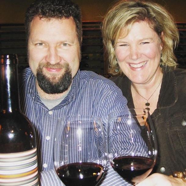Portalis Wine Shop_Jens&Julie_sqaure.jpg