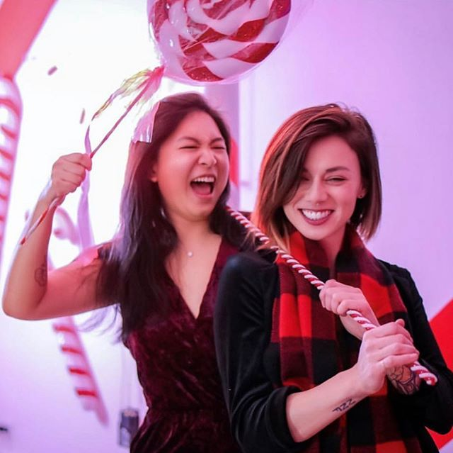 Grab your bff and join us tomorrow for the LAST day of the #hollyjollypopup! Tickets in our bio 🍭
