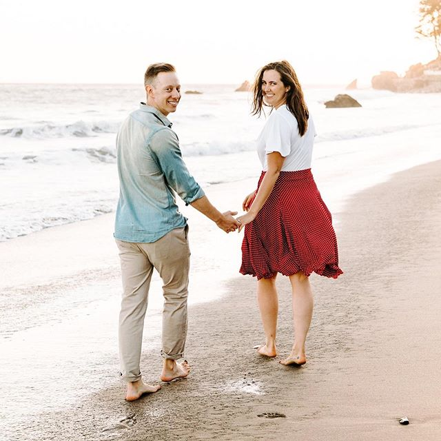 Engagement Photos 🤵🏼❤️👰🏻 Six weeks til I get to marry you! 📸: @laurenlnewman