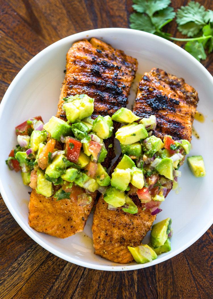 grilled-salmon-with-avocado-salsa-3.jpg