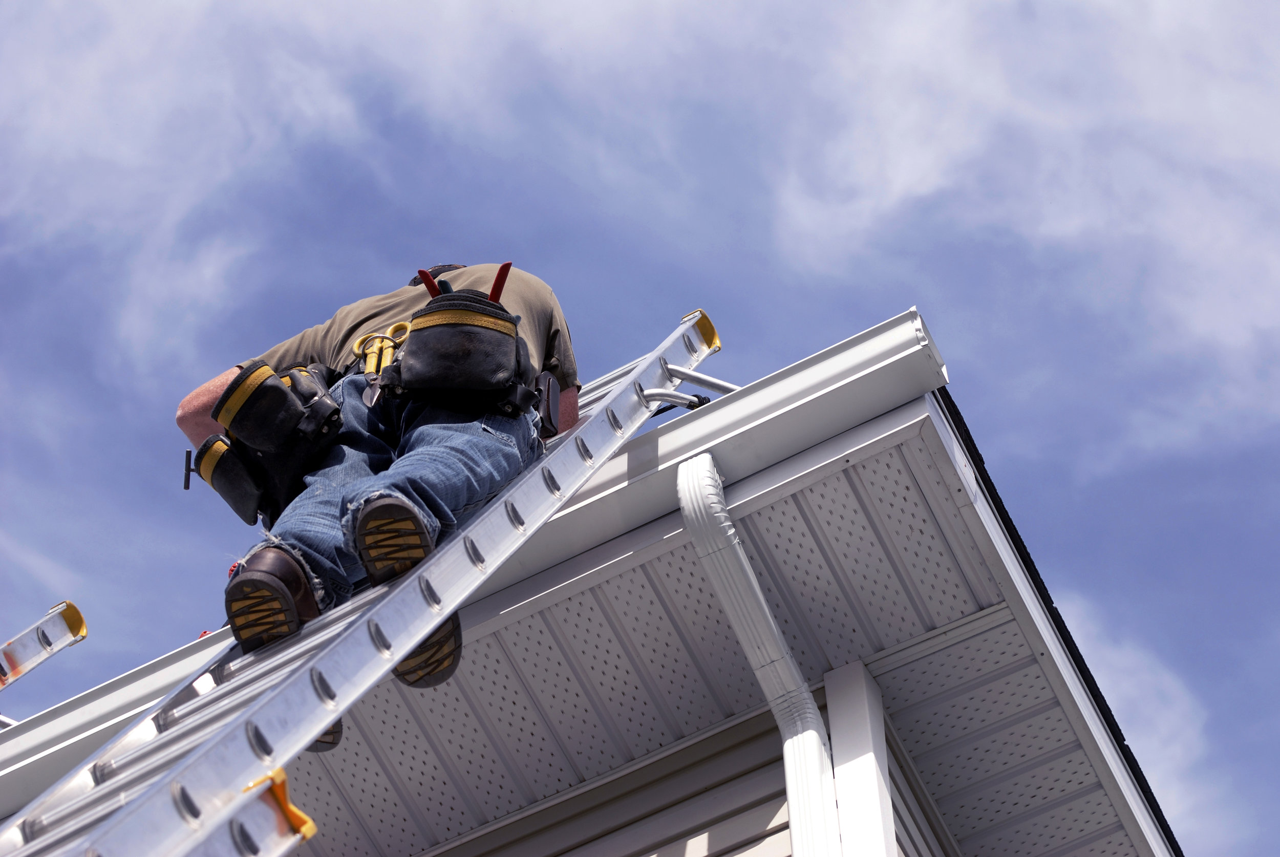 1. Inspect - During installation, our installers will review your gutter system to make sure there are not any other concerns and check to identify any other problem or concerns. We do not want to install on a faulty gutter system-Remove ineffective gutter guards.-Install new gutters if necessary.