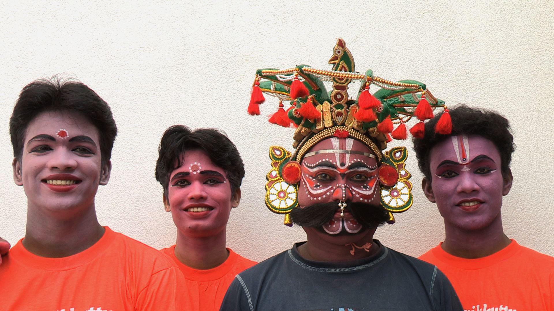 Class 2012 & Rajagopal.jpg