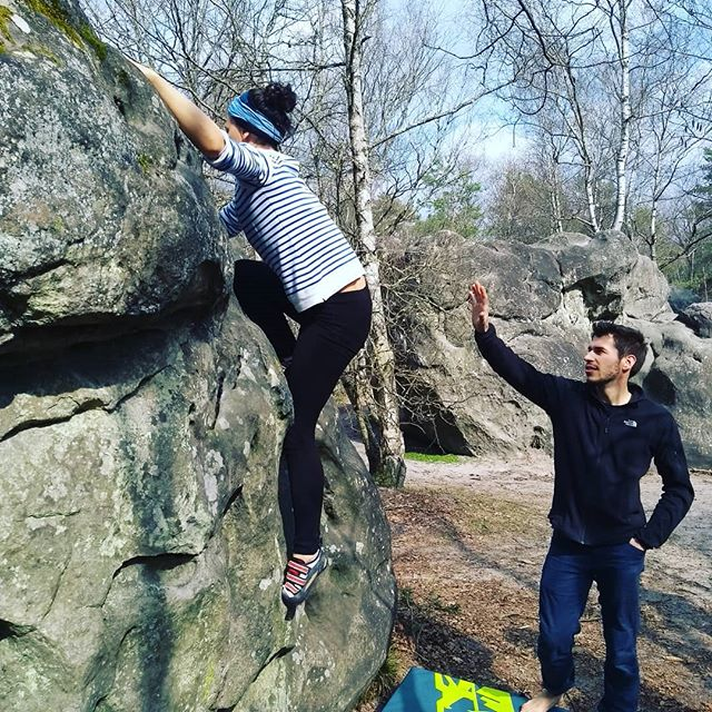 Beautiful routes out there today! Fantastic company and some great vibes in Fontainebleau forest where there are hidden beaches, wonderful walks, and, more than anything, lots of happy people getting on the rock and enjoying themselves :D #bouldertastic #fontainebleaubouldering #enjoytheoutdoors #climbingholidays