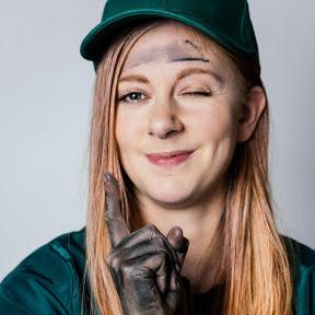 Simone Giertz # Making and Robotics