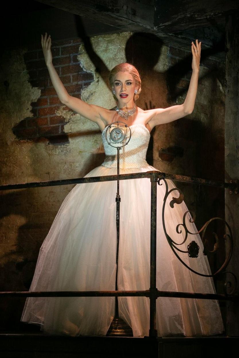 Arianna Rosario as Evita