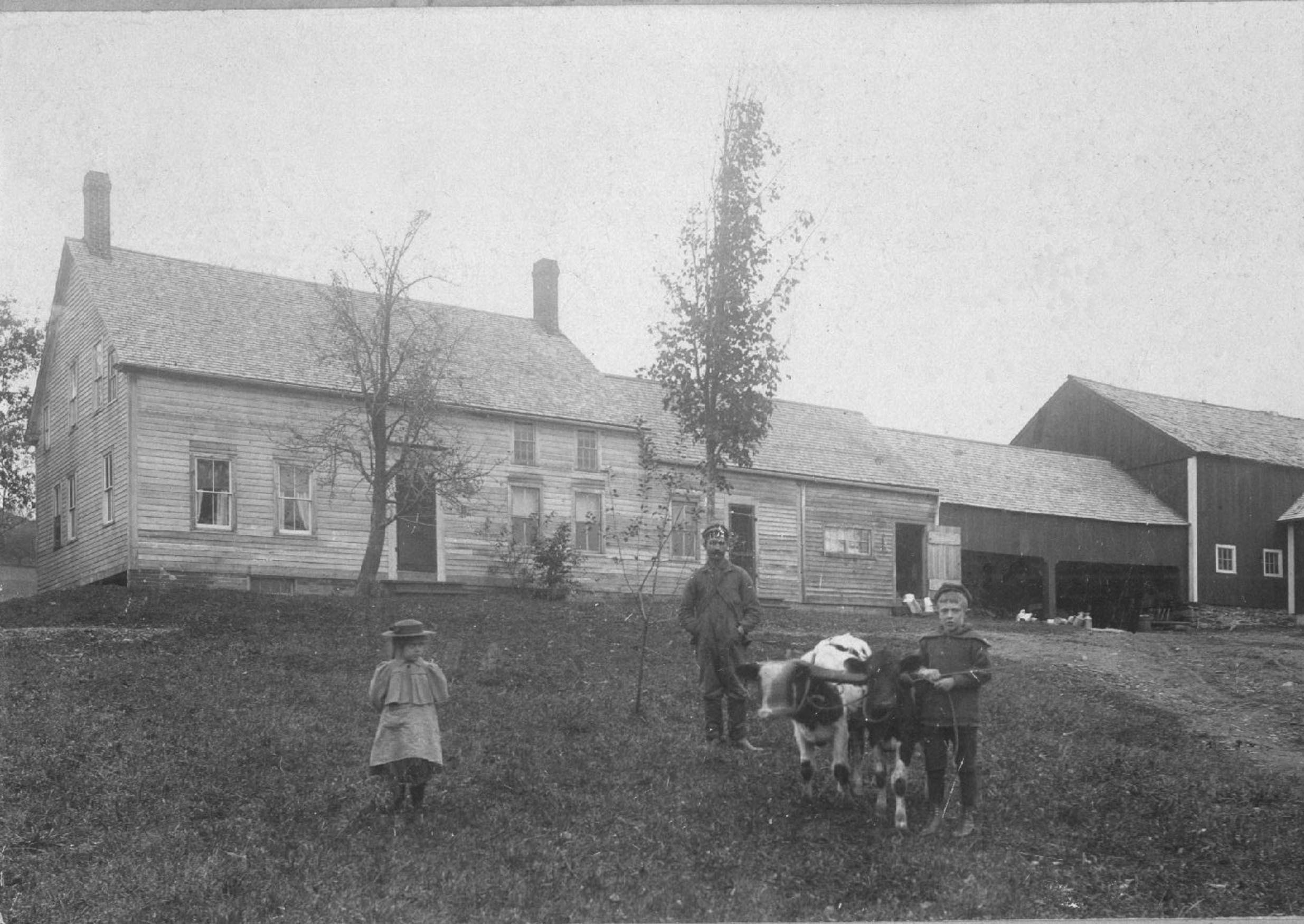 About - Find out about our farm, our methods, and most importantly our apples!Photo: 1898 Farmhouse