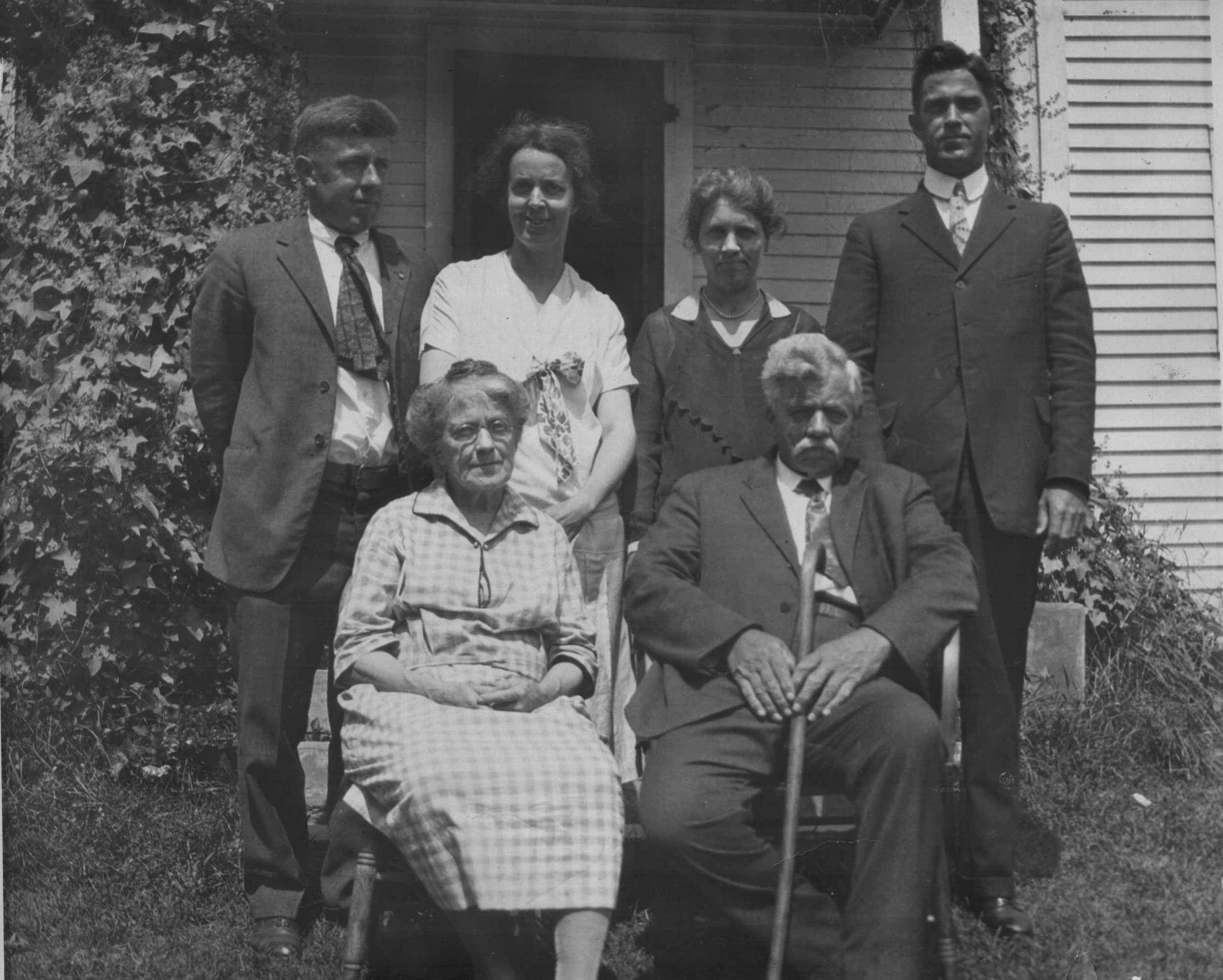 Front Row: Bertha and Herbert  - First Generation   Back Row: Winthrop, Ruth, Kathrine and Raymond  - Second Generation   Photo taken around 1930