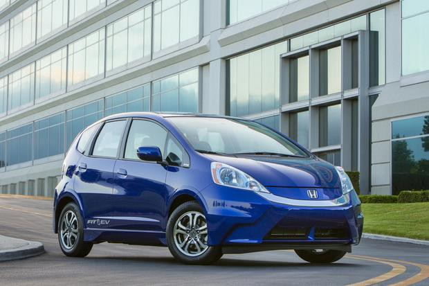 The 2014 Honda Fit EV does not have legendary towing capacity