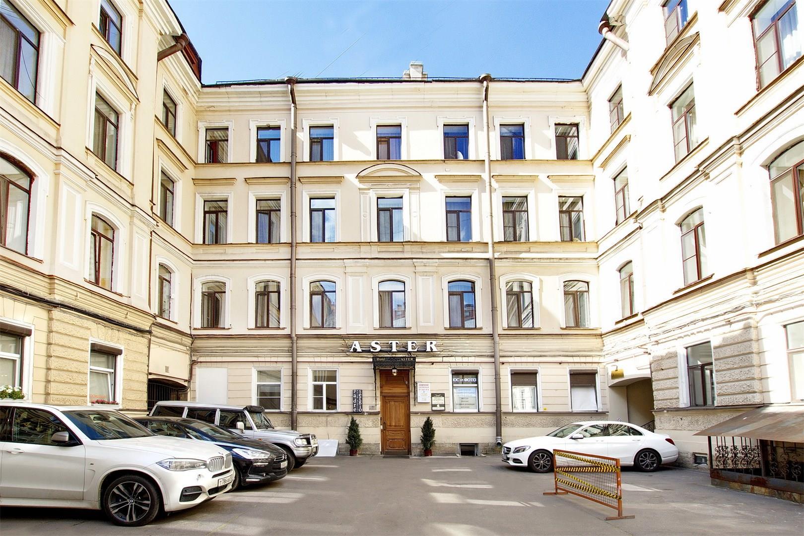 Nevsky_Aster_Fassade.jpg